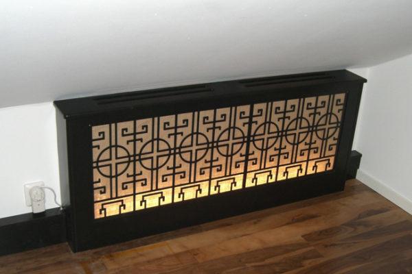 ELE002 Elementskydd asien inspirerad med belysning